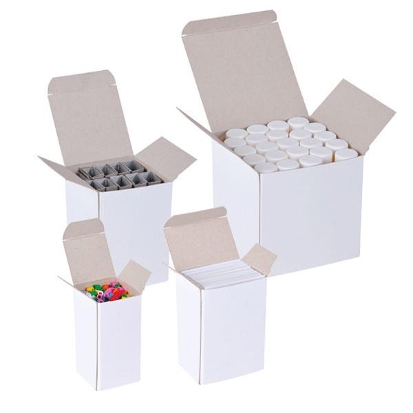Scatole bianche in cartoncino teso